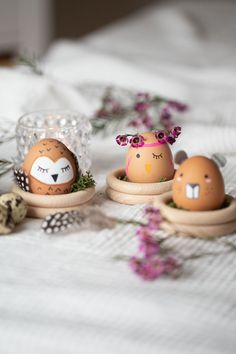 Holiday Break, Holiday Time, Birthday Rewards, Birthday Gifts, When Your Best Friend, Diy Ostern, Coloring Easter Eggs, Diy Blog, Inexpensive Gift