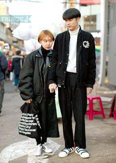 충분히 따뜻하고 사랑스런 블랙커플룩 ! 상의 - 보이런던, 신발 - 아디다스, 가방 - 아메리칸어패럴 / 상의 - 미쉬카 패션/FringeJ/프린지j/프린지제이/스트릿패션/스트릿/street fashion