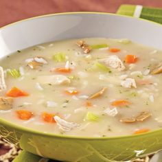 Soupe-repas crémeuse au poulet et riz Soup Recipes, Cooking Recipes, Healthy Recipes, Easy Snacks, Easy Meals, Recipe For Mom, Soups And Stews, Cooking Time, Food To Make