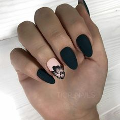Nails 43 Pretty Nail Art Designs for Short Acrylic Nails Elegant, Black Matte Acrylic Nails Black Matte Acrylic Nails, Matte Nails, Matte Black, Nail Black, Mat Black Nails, Matte Almond Nails, Fall Almond Nails, Black Manicure, Gel Manicure
