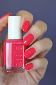 Essie Envy: Essie Pink-Red Coral Comparison : Cute As A Button, Sunday Funday, Peach Daiquiri, Come Here, Sunset Sneaks & Signature Smile