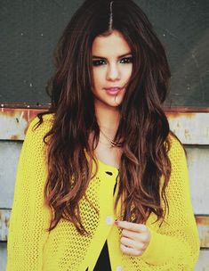 selena gomez!! my absolute idol!! i wish hope and pray tht one day i am lucky enough to meet her!!!