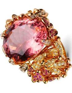 Kunzite, diamond and sapphire ring (=)