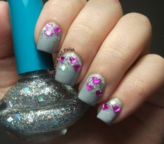 The Clockwise Nail Polish: Yes Love K025 & VDL 704