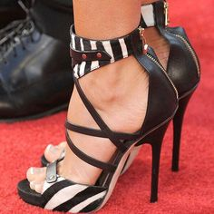 Stripes and straps!