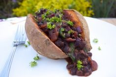 Sweet Potato and Black Bean Chilli www.rosannadavisonnutriton.com