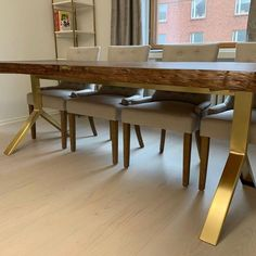 Custommade Brushed Brass CATAL Base Return to an incredibly stylish table.From Helsinki ✨✨✨✨ Table Bases, Metal Table Legs, Metal Dining Table, Modern Dining Table, Stainless Steel Table Legs, Coffe Table, Living Room Modern, Helsinki, Design Projects