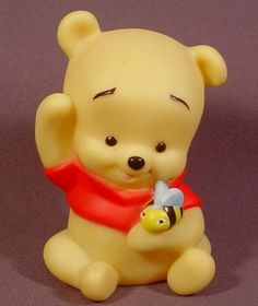 Winnie the Pooh cake topper inspiration