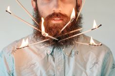 : HIPSTERS, ¿SOLO UNA BARBA? : Las barbas colonizan la calle. Los barberos están temiéndose el cierre masivo de sus negocios. ¿Han venido los #hipsters para quedarse?  .......................... HIPSTERS, JUST A BEARD? Streets everywhere are packed with #beards. Barbers are fearing the worst. Have hipsters come to stay? #tendencias #trends #indiecolors