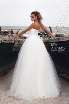 afa348e5f7cb 13 najlepších obrázkov z nástenky Wedding Dress  Svadobné šaty ...