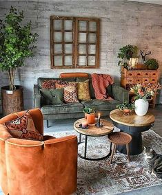Loving the multiple round coffee table idea!
