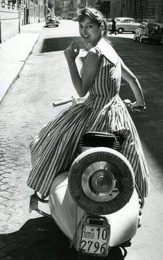 Vespa S, Vespa Girl, Scooter Girl, Triumph Motorcycles, Buick, Scooters, Ducati, Vespa Italy, Mopar