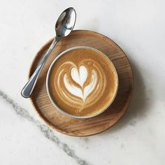 The Most Satisfying Cappuccino Latte Art - Coffee Brilliant But First Coffee, I Love Coffee, Coffee Break, My Coffee, Coffee Drinks, Morning Coffee, Coffee Shop, Coffee Cups, Coffee Creamer