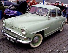 Simca! When I was a kid in France, we had one of these!