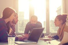Damit die Einarbeitung neuer Mitarbeiter gelingt, gilt es die 15 wichtigsten Regeln zu beachten...
