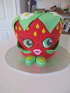 Strawberry Kiss Shopkins cake
