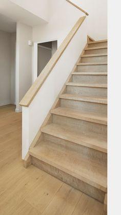 Betonnen trap bekleden met hout google zoeken inrichting huis pinterest met google and - Huis met trap ...