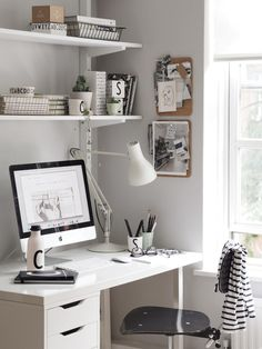 A light summer workspace with Design Letters & Friends. Love the grey wall and a… A light summer workspace with Design Letters & Friends. Love the grey wall and a minimalistic scandinavian design. Workspace Design, Home Office Design, Home Office Decor, House Design, Office Ideas, Office Designs, Office Workspace, White Desk Home Office, Office Chairs
