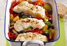 Zapečena riba s povrćem i maslinama Cobb Salad, Mashed Potatoes, Meat, Chicken, Ethnic Recipes, Food, Whipped Potatoes, Smash Potatoes, Meals