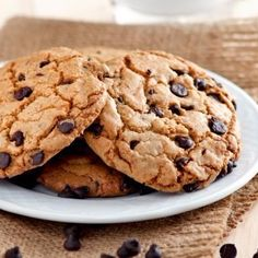 There's just one secret to health. Melt-in-your-mouth chocolate chip cookies.