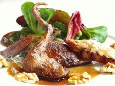 Salade de pigeon à la lavande / Lavender and walnut dressing with a pigeon salad