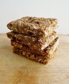 Vanilla & Spice: Quinoa Granola Bars