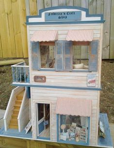 Miniature Doll House 1:12 Scale 8 BOLTS OF FABRIC Adorable