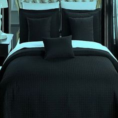 Modern Hotel Style Solid Black Bedding 6 pieces Reversible Coverlet Quilt and Sham Set with Decorative Pillows.  Hotel quality bedding set, features a modern check pattern.  Lightweight quilt and can be used as bed cover or blanket all seasons.  Simple pattern bedding to harmonize any bedroom decor.