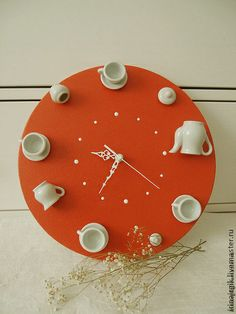 Gifts for coffee lovers [creative and inexpensive] Arts And Crafts Storage, Diy Arts And Crafts, Diy Crafts, Clock Craft, Diy Clock, Handmade Clocks, Handmade Pottery, Teacup Crafts, Driftwood Wall Art