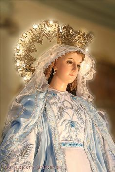 6edc7ad51f3ffcd4c1e9836f2306c247--blessed-mother-mary-blessed-virgin-mary.jpg (236×353)