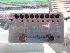 Ooh-Wah II, Custom built guitar pedal