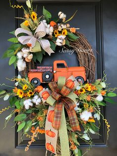Custom And Unique Door Wreaths Autumn Wreaths For Front Door, Diy Fall Wreath, Thanksgiving Wreaths, Holiday Wreaths, Door Wreaths, Fall Harvest Decorations, Halloween Door Decorations, Fall Decor, Fall Wood Crafts