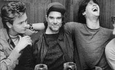 River Phoenix, Gus Van Sant and Keanu Reeves | Rare and beautiful celebrity photos