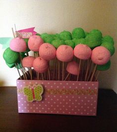 Candy box in pink and green