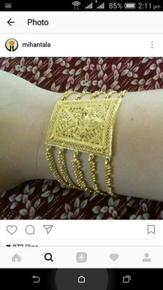 Gold Rings Jewelry, Gold Bracelets, Henna, Diamond, Dress, Gold Charm Bracelets, Costume Dress, Dresses, Hennas