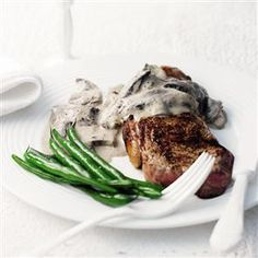 Rump steak with mushroom and peppercorn sauce recipe    http://www.deliciousmagazine.co.uk/recipes/rump-steak-with-mushroom-and-peppercorn-sauce