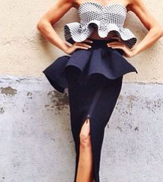 I am in love with Toni Maticevski. This is such a beautiful outfit