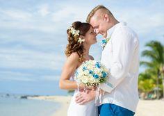 beautiful wedding on Mauritius. Congratulations, Anna and Tymo!