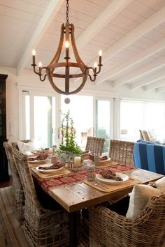 34 Awesome Farmhouse Dining Rooms Design : 34 Awesome Farmhouse Dining Rooms Design With Wooden Dining Table And Rattan Chair And Classic Chandelier Design Dining Room Design, Dining Area, Dining Table, Dining Rooms, Dining Chairs, Farmhouse Table, Farmhouse Decor, Rustic Table, Modern Farmhouse