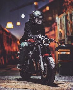 9 Quick Clever Hacks: Old Car Wheels Motorcycles car wheels rims garage.Old Car Wheels Porsche 911 muscle car wheels link.Old Car Wheels. Cafe Racer Style, Cafe Racer Bikes, Cafe Racer Motorcycle, Motorcycle Style, Cafe Racers, Motorcycle Gear, Suzuki Cafe Racer, Cafe Racer Helmet, Cb400 Cafe Racer