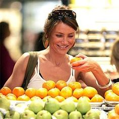 Cameron Diaz - The beautiful Cameron espouses real healthy and clean eating. No fad diets for her and we love her for it. ♥ See more #Cameron #Diaz #trivia at http://www.celebritysizes.com/ ♥