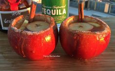 Thanksgiving Apple Margarita Shots - For more delicious recipes and drinks, visit us here: www.tipsybartender.com