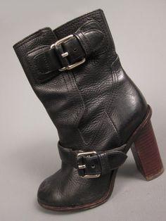 sturdy boot 36.5