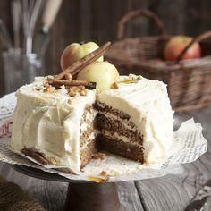 Omenatäytekakku | Maku Yummy Cakes, Deli, Tiramisu, Bakery, Goodies, Food And Drink, Dessert Recipes, Ice Cream, Pudding