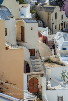 PICTURESQUE IA by sunset colors © TG Photography - All rights reserved Sunset Colors, Santorini, Mansions, House Styles, Photography, Home Decor, Fotografie, Photograph, Manor Houses