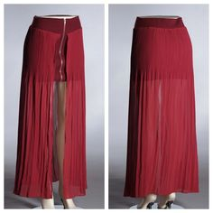 Maxi mini skirt What a great combo, This maroon mini skirt features a chiffon overlay and gold zipper detailing in font. Skirts Mini