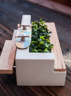 We specialize in producing high quality Fingerboard Ledges and obstacles at extremely affordable prices. Wooden Ramp, Wooden Diy, Crafts For Boys, Diy Arts And Crafts, Real Skate, Mini Skate, Finger Skateboard, Skateboard Pictures, Tech Deck