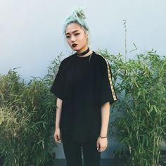 "4,298 Likes, 22 Comments - Kicki Yang Zhang 张暘 (@kickiyangz) on Instagram: ""chinese love at fashun week  #ootd"""