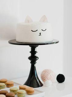 Si estáis organizando un cumpleaños infantil, sobra decir que uno de los puntos fuertes de la fiesta de cumpleaños para niños siempre es ¡la tarta de cumpleaños! El momento de l...