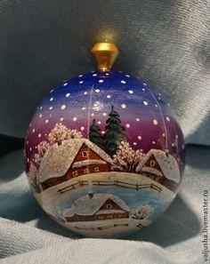 Елочный шар `Новогдняя ночь`. Работа мастера Виктории Кореневой. Волшебный новогодний елочный шар ручной работы наполнит Ваш дом теплом и сказкой в Новогоднюю ночь! Может послужить прекрасным подарком Вашим близким как на Рождество, так и на Новый год.